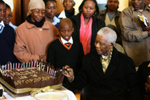 mandela's 90th birthday cake designed by indulge